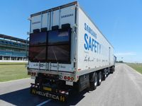 Samsung testet Truck mit Display am Heck