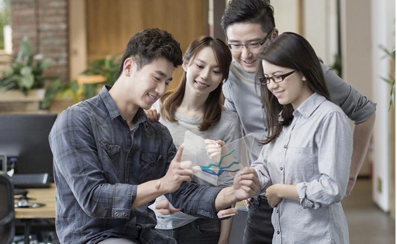 Samsung soll im Herbst faltbares Telefon vorstellen