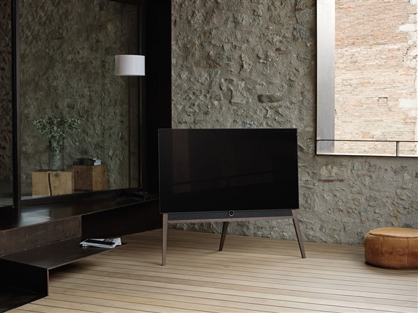 loewe zeigt personalisierbaren fernseher it magazine. Black Bedroom Furniture Sets. Home Design Ideas