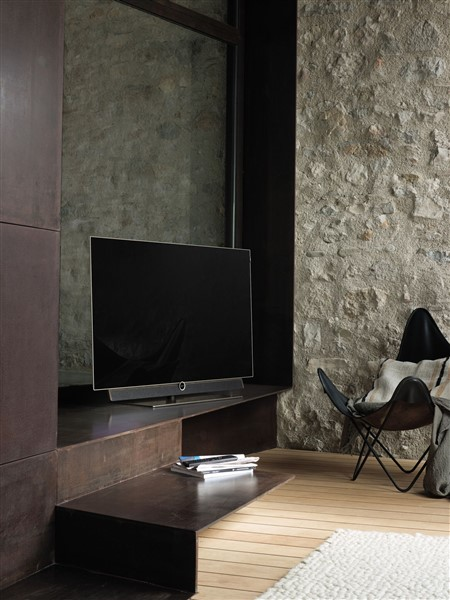loewe zeigt personalisierbaren fernseher bildergalerie bild 1 swiss it magazine. Black Bedroom Furniture Sets. Home Design Ideas
